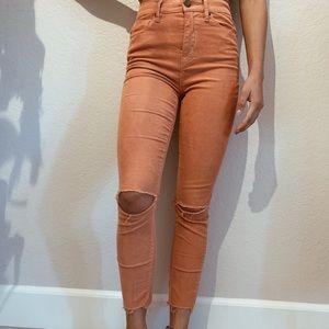 Peach BDG skinny jeans